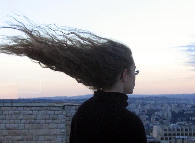 Сильный ветер может привести к параличу Белла